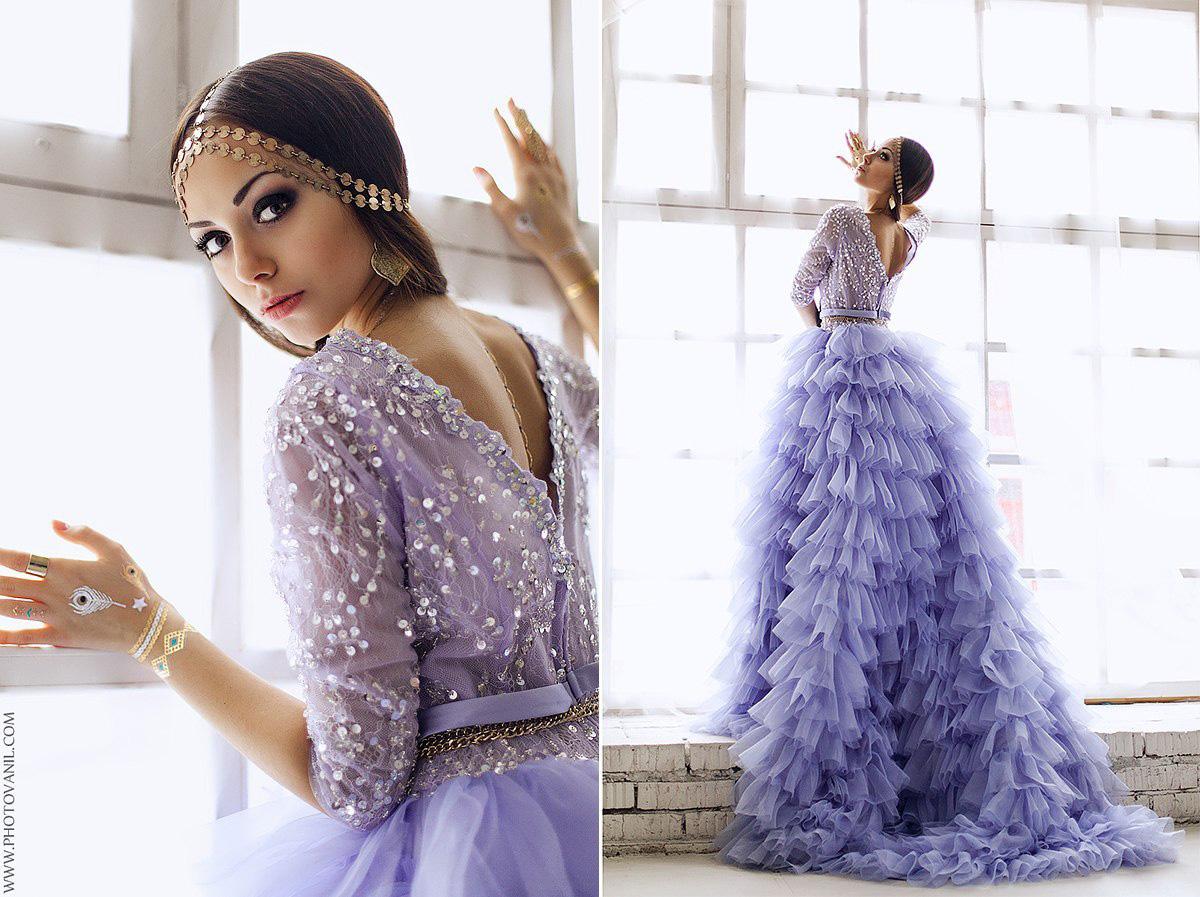 Платье цвета лаванды с богато декорированным лифом
