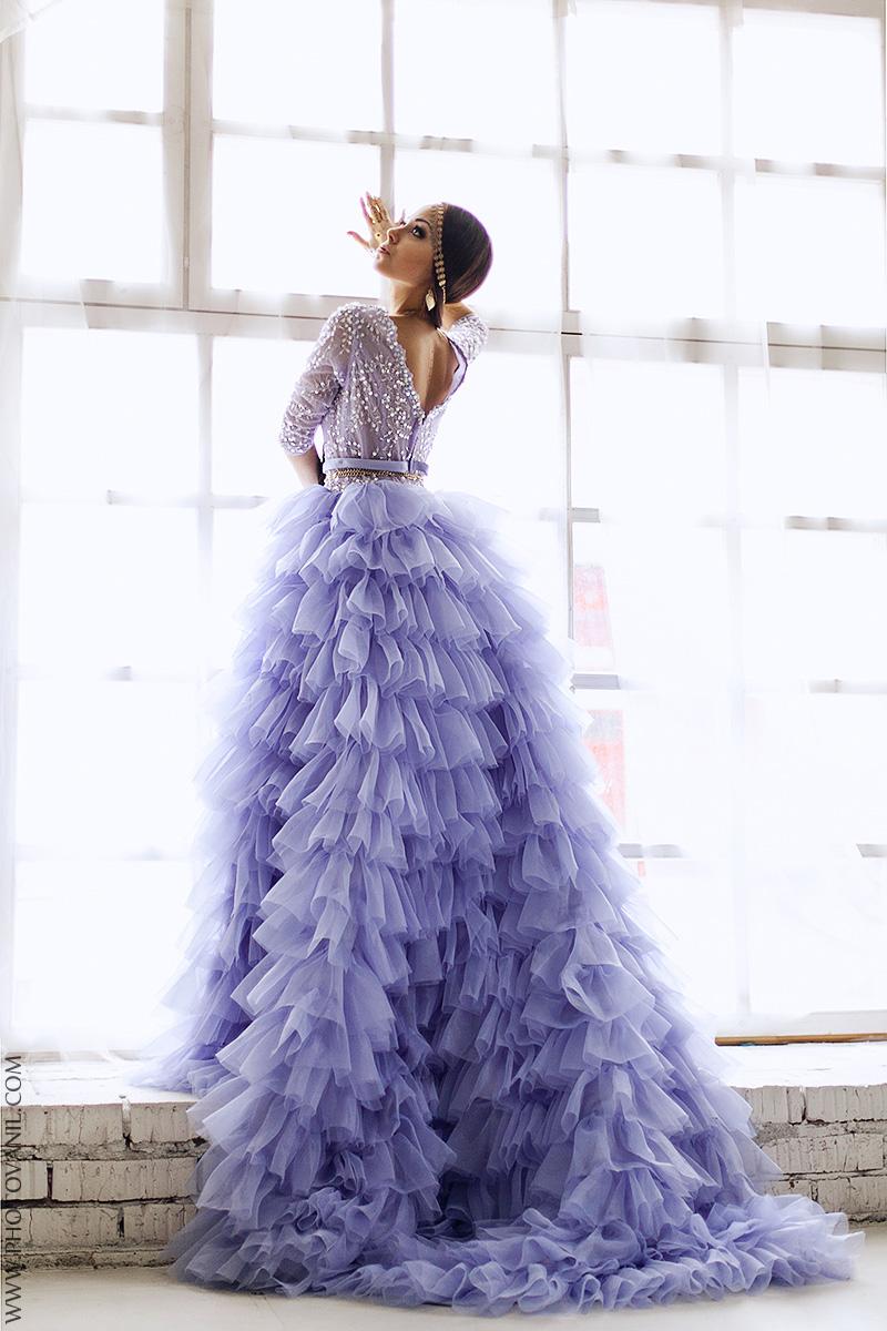 Платье сиренево-синего оттенка