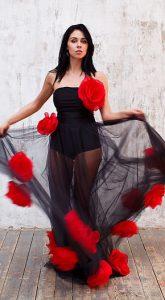 Платье с цветами Carmen