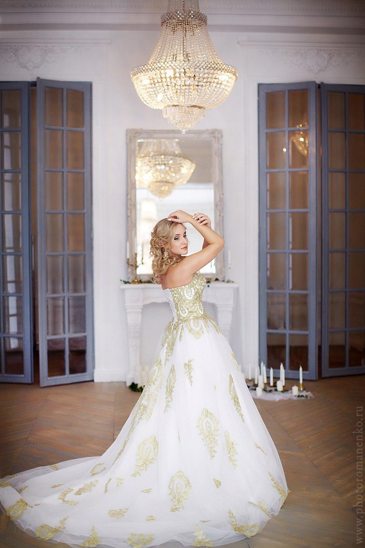 Дворцовое платье для свадьбы и фотосессии в королевском стиле