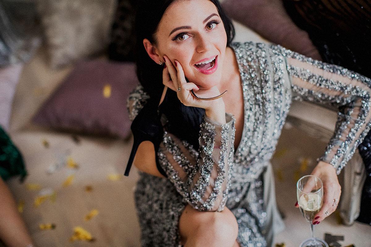 Платье-халат для подружки на фотосессии девичника