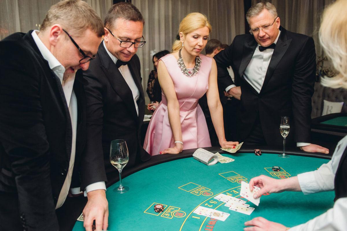 Импровизированное казино на «Балу весны, любви и красоты»
