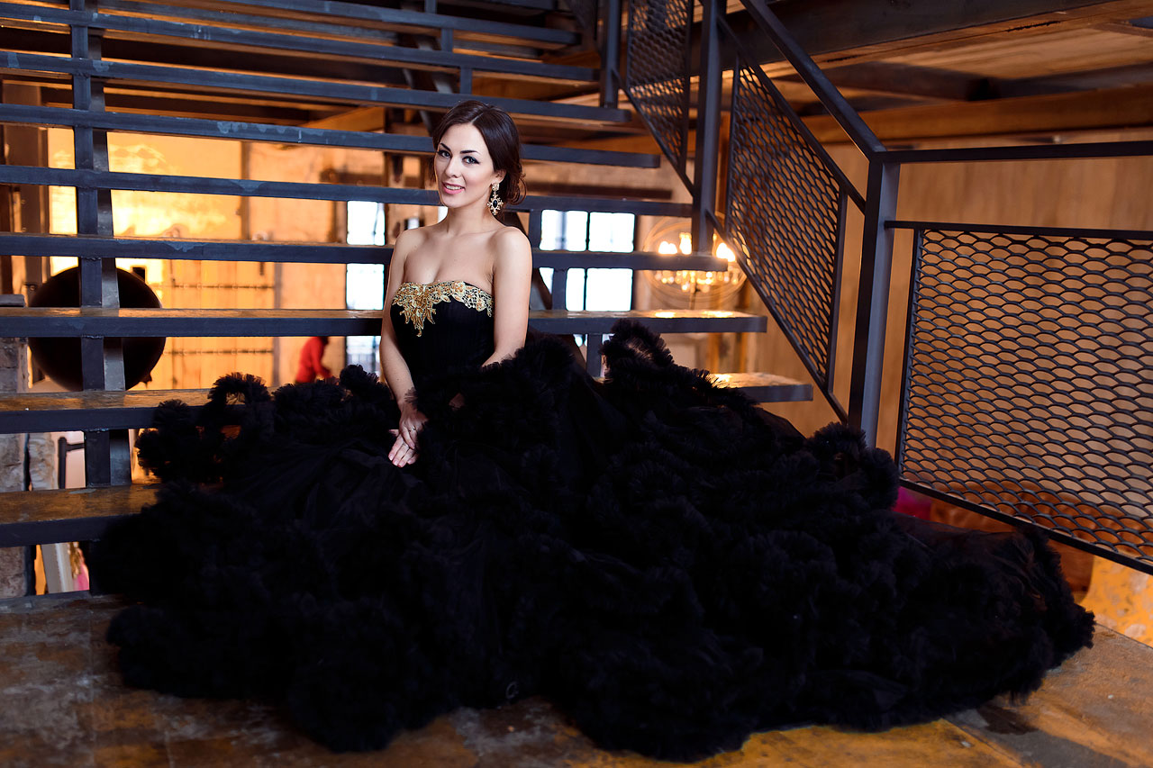 Чёрное платье-облако напрокат