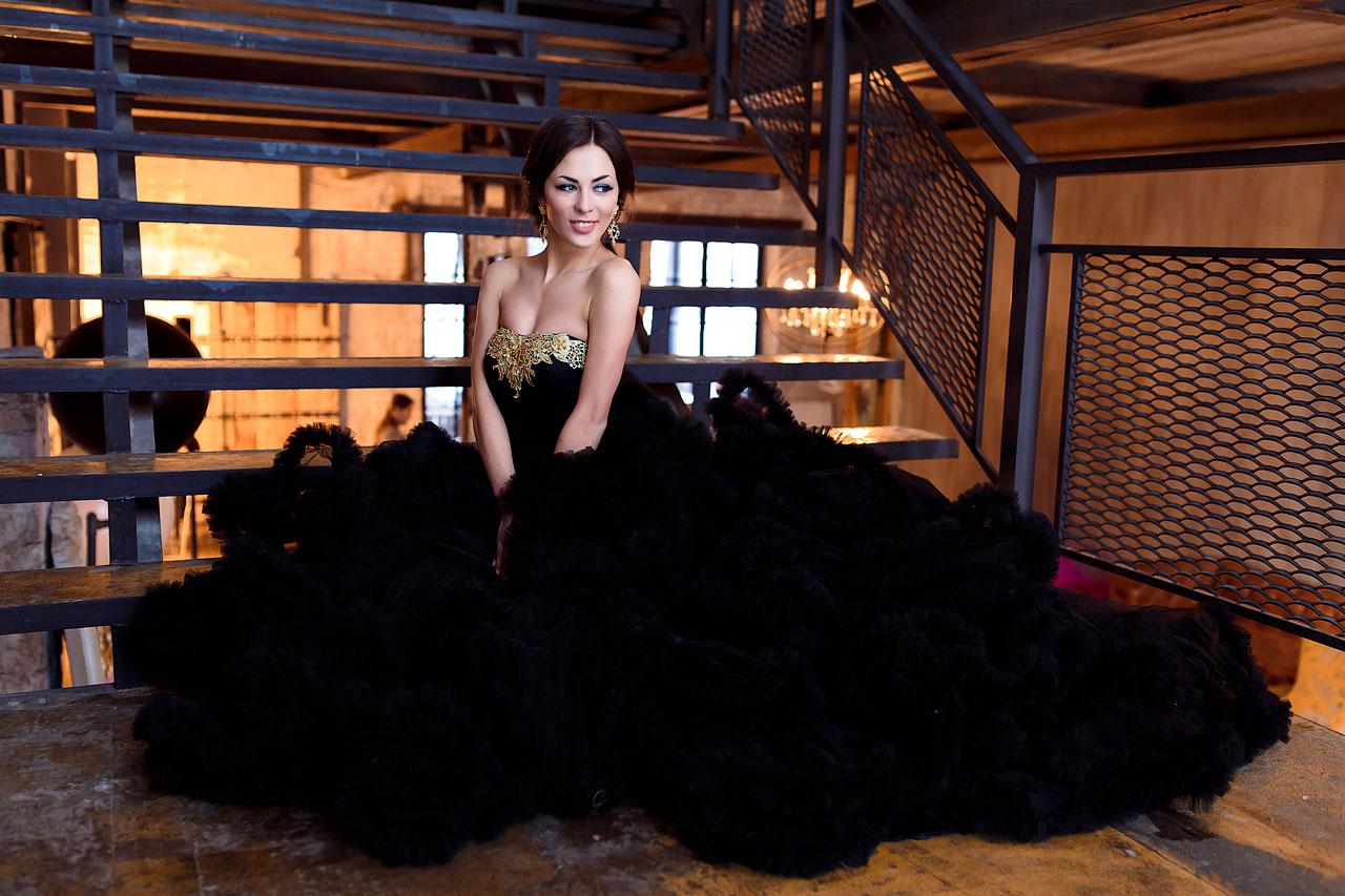 Чёрное платье напрокат