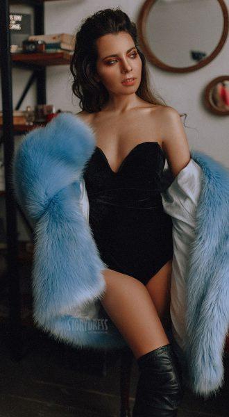 Голубая шубка Blue Coat