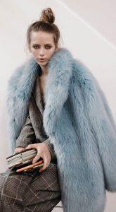 Голубая шубка в аренду Blue Coat