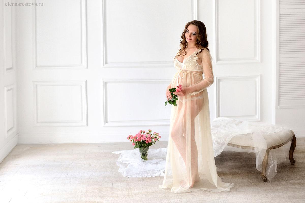 Будуарное платье цвета шампань