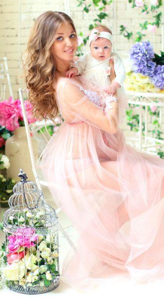 Коралловое будуарное платье для беременных Coral Boudoir