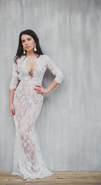 Будуарное платье из кружева