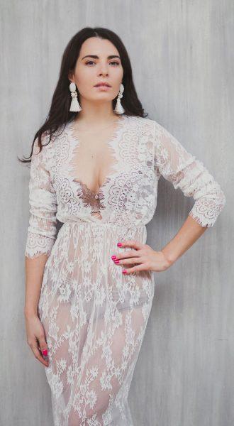 Платье из кружева Diana White напрокат