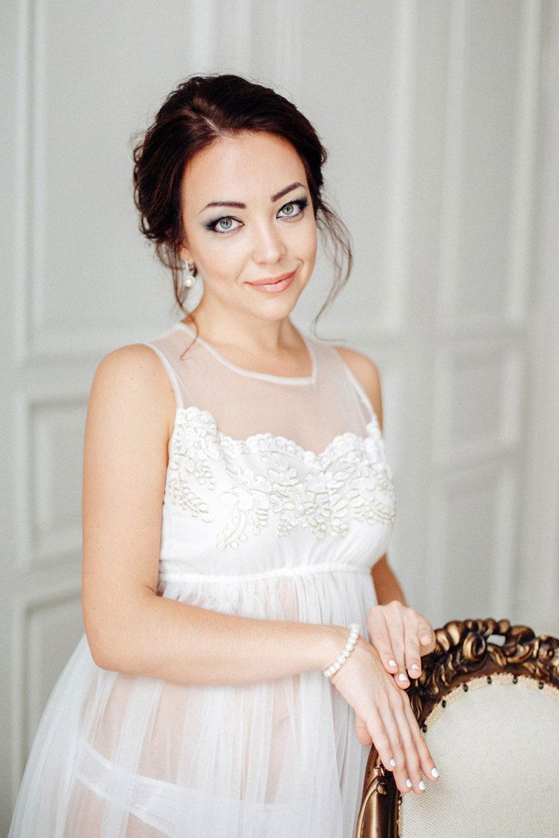 Будуарное белое платье