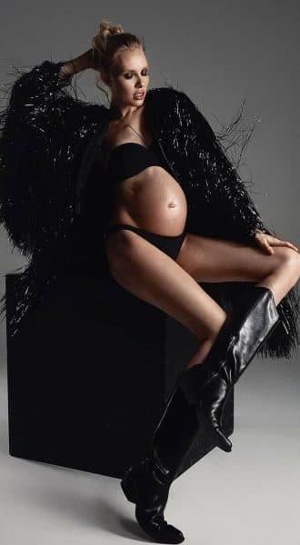 Черная виниловая шуба Vinyl Black Coat