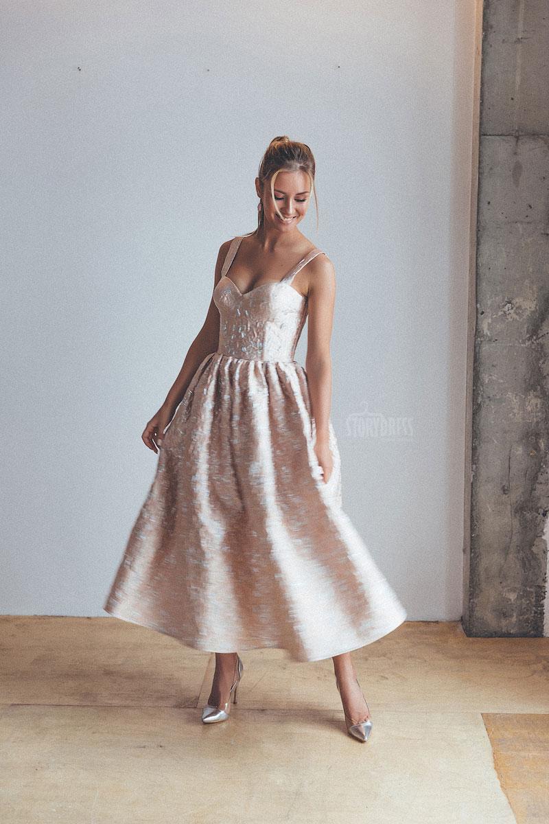 Прокат женских платьев для мероприятий
