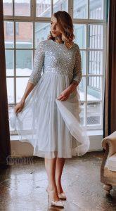 Коктейльное платье серо-голубого оттенка
