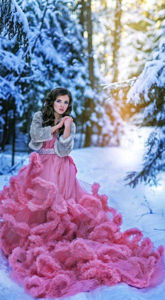 Идеи для зимней фотосессии в платье