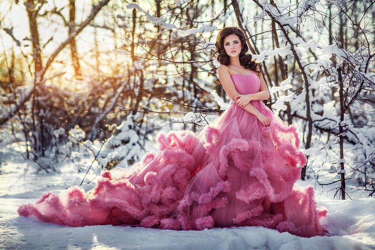 Зимняя фотосессия в пышном платье