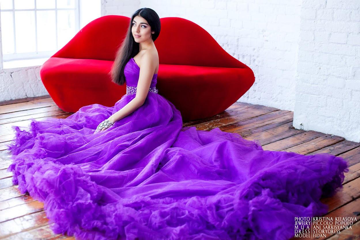 Фиолетовое пышное платье для фотосессии