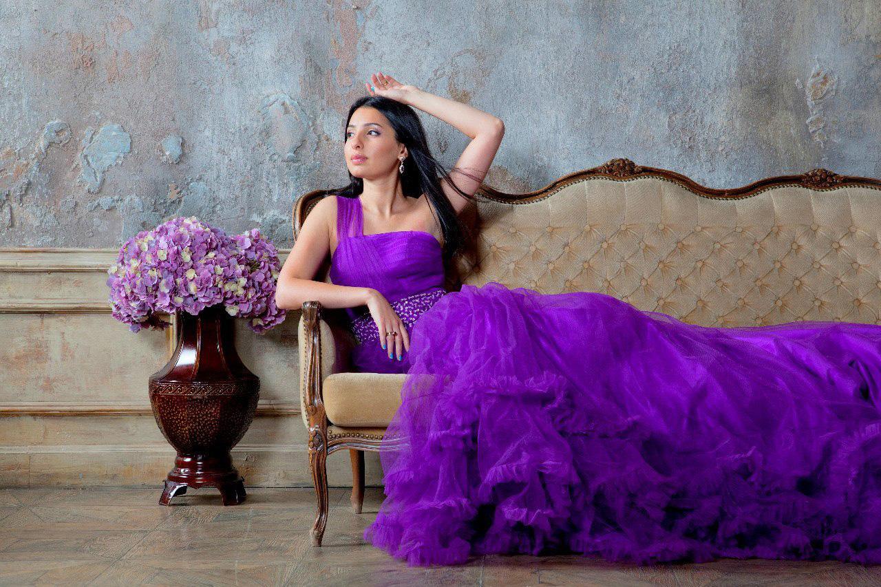 Фиолетовое платье для фотосессий