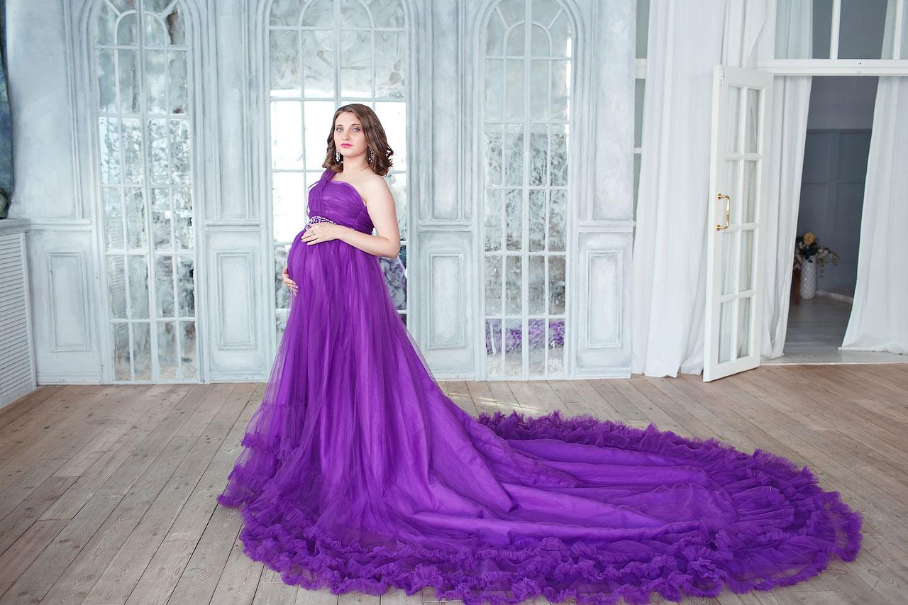 Фиолетовое платье для фотосессии беременности