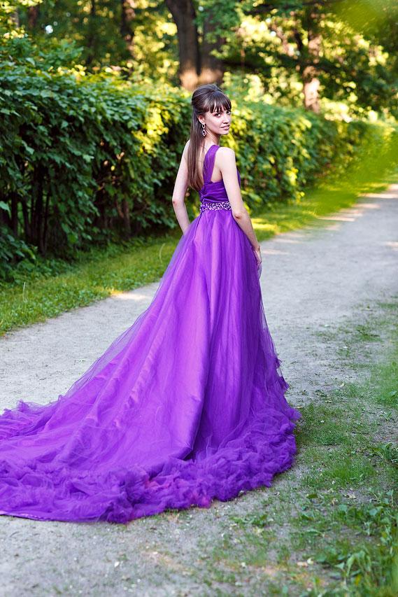 Фиолетовое платье напрокат