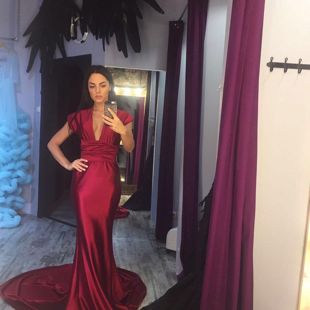 Юлия Ефременкова из Дома-2 в платье Story Dress
