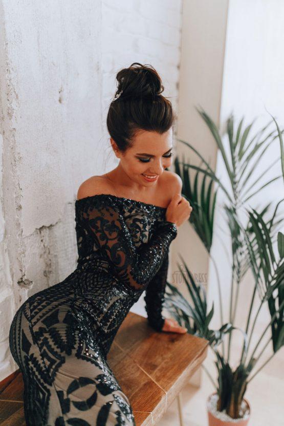 Вечернее платье со сложным орнаментом