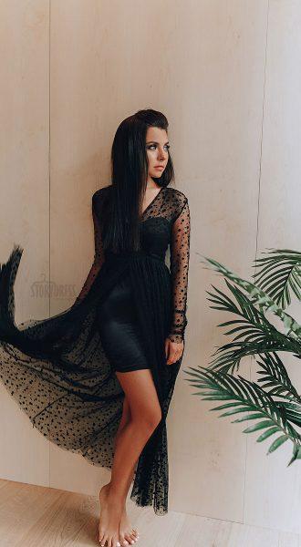 Платье с прозрачными длинными рукавами