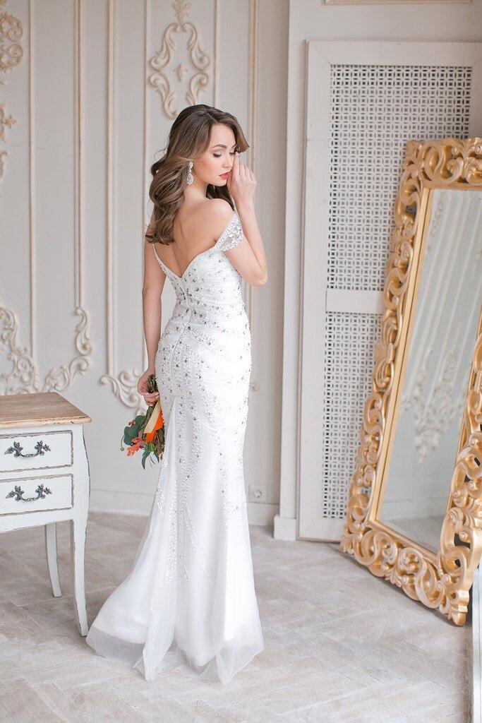 Белое платье с кристаллами Diamond
