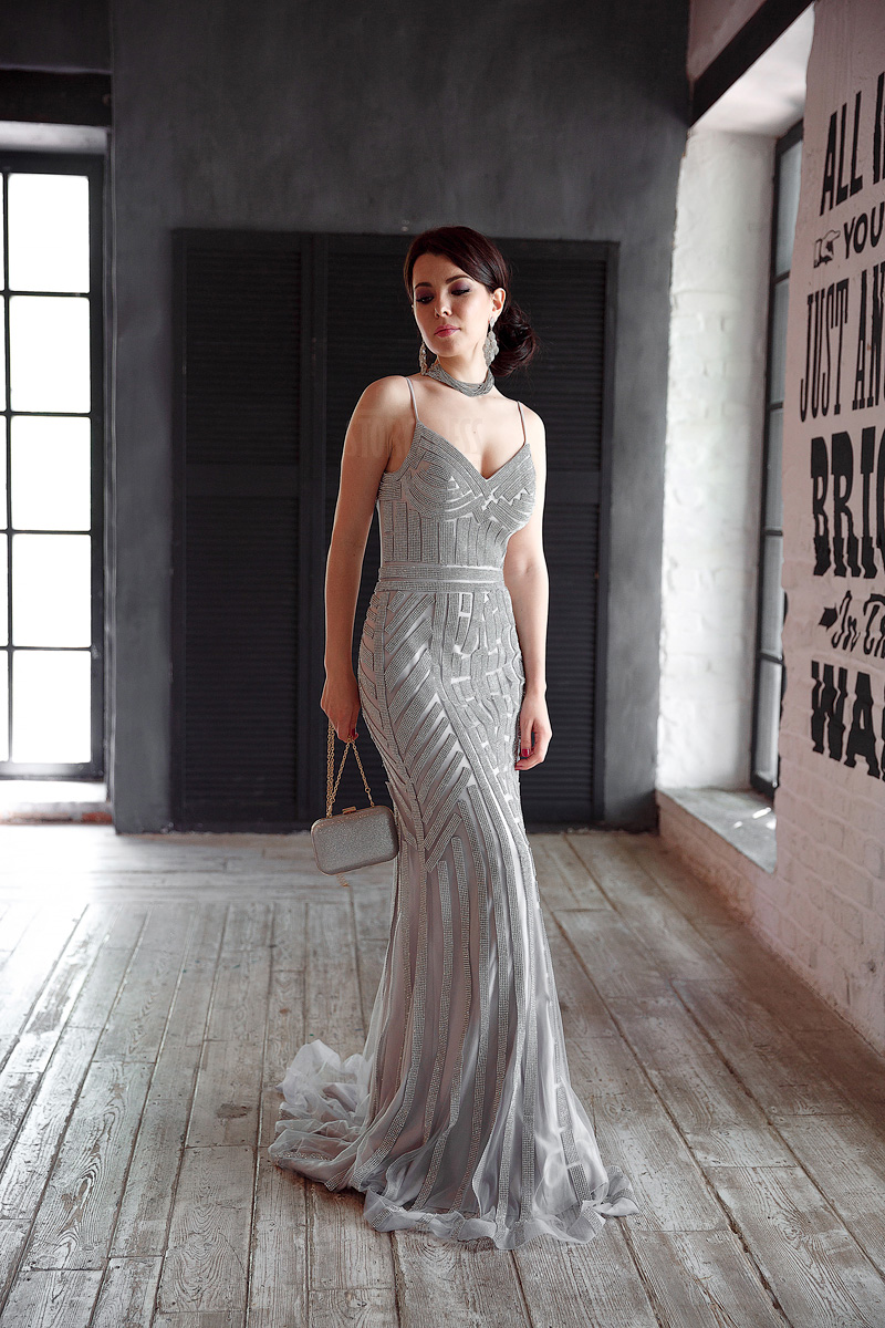 b68ef2bdead13b1 Серебряное платье в пол на бретелях Dior Silver 👗 Платья в аренду и ...