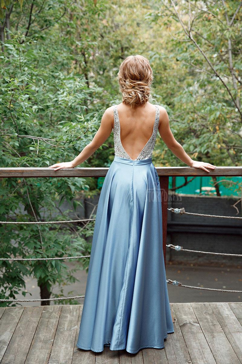 Платье с полностью открытой спиной