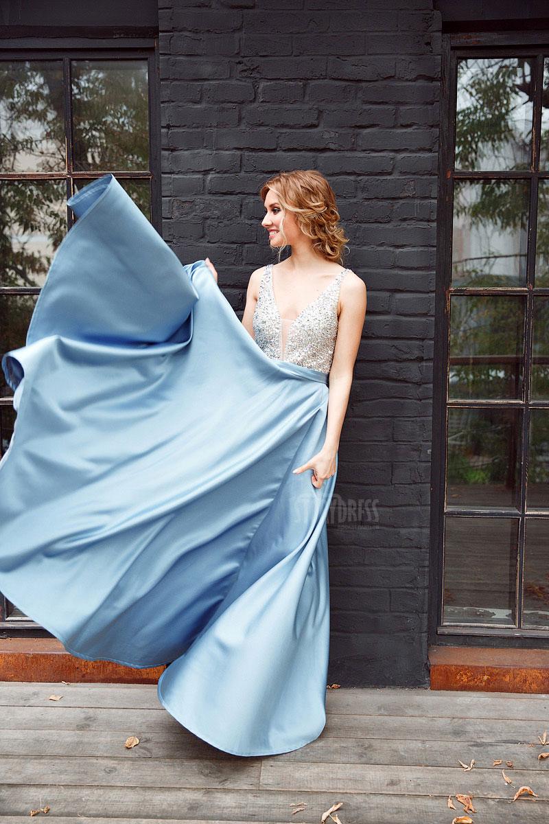 Вечернее платье для концертного выступления, конкурса или торжества