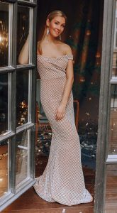 Бежевое платье в пол Gia White