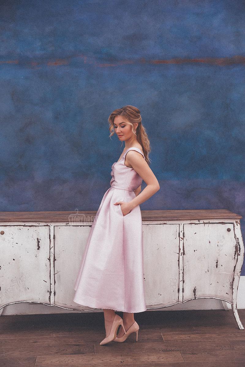 Брендовые вечерние платья напрокат в Москве