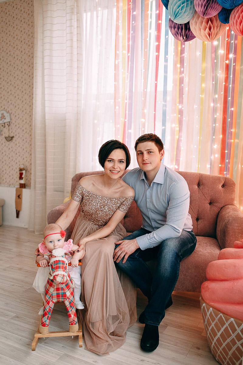 Семейная фотосессия с мужем и дочкой