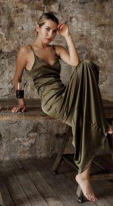 Платье в бельевом стиле Lola Green