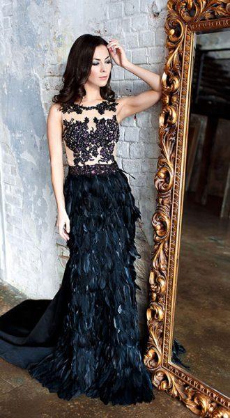Чёрное платье с перьями Matilda Black