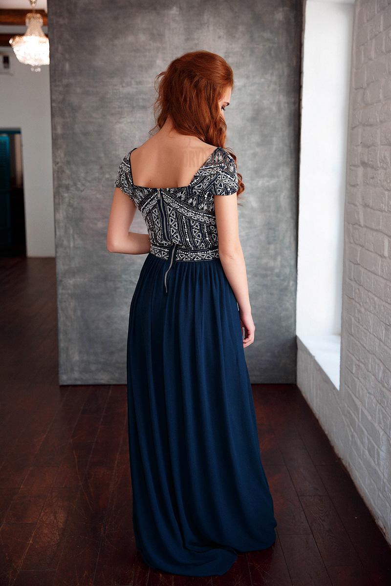 Платье декорированное бисером