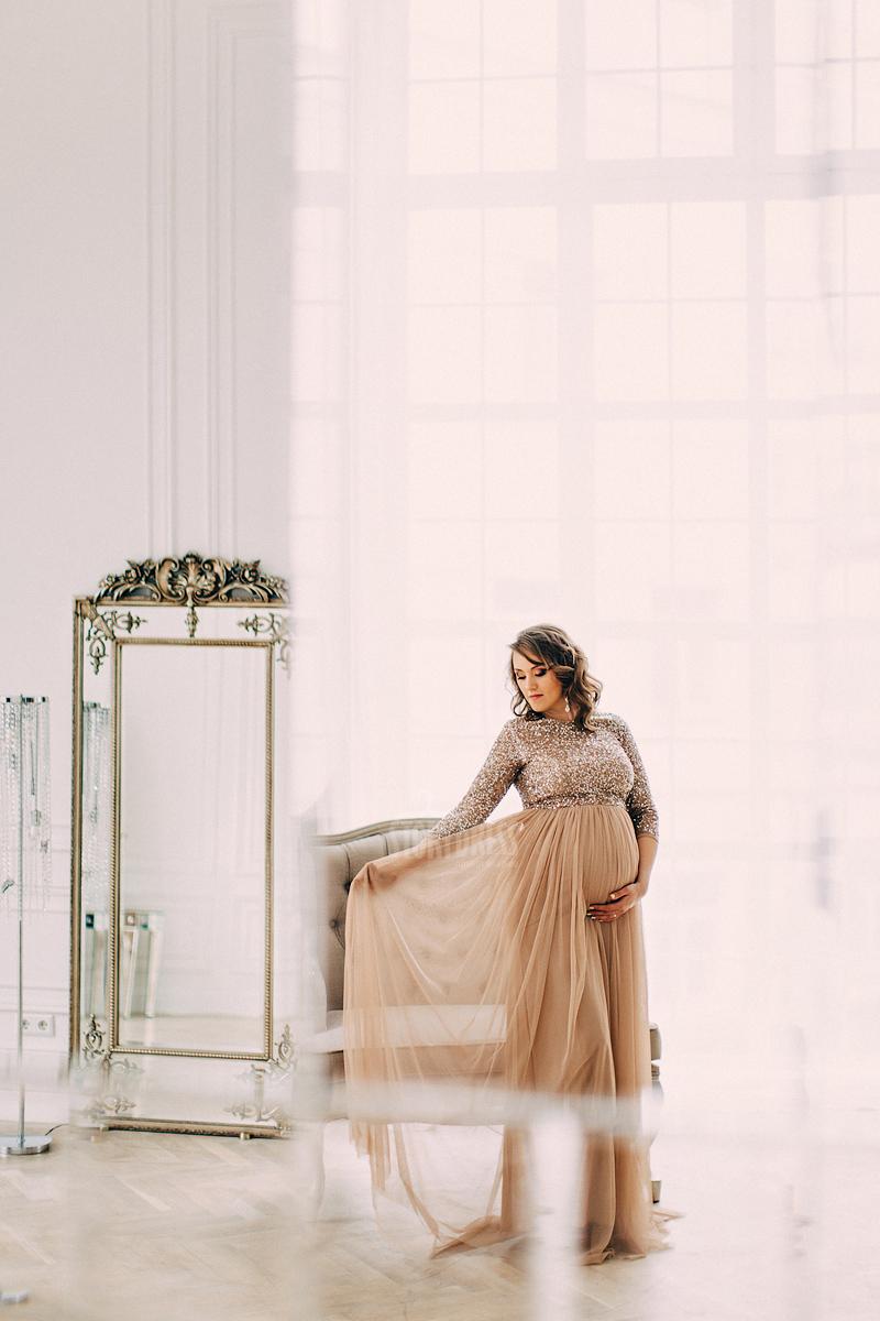 Вечернее платье для будущей мамы