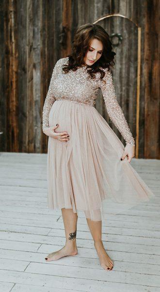 Простое и элегантное вечернее платье