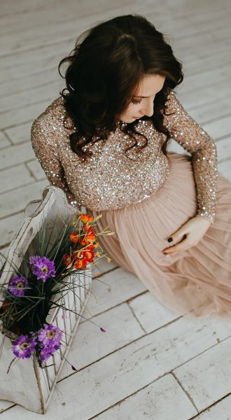 Платье с юбкой из фатина для беременной