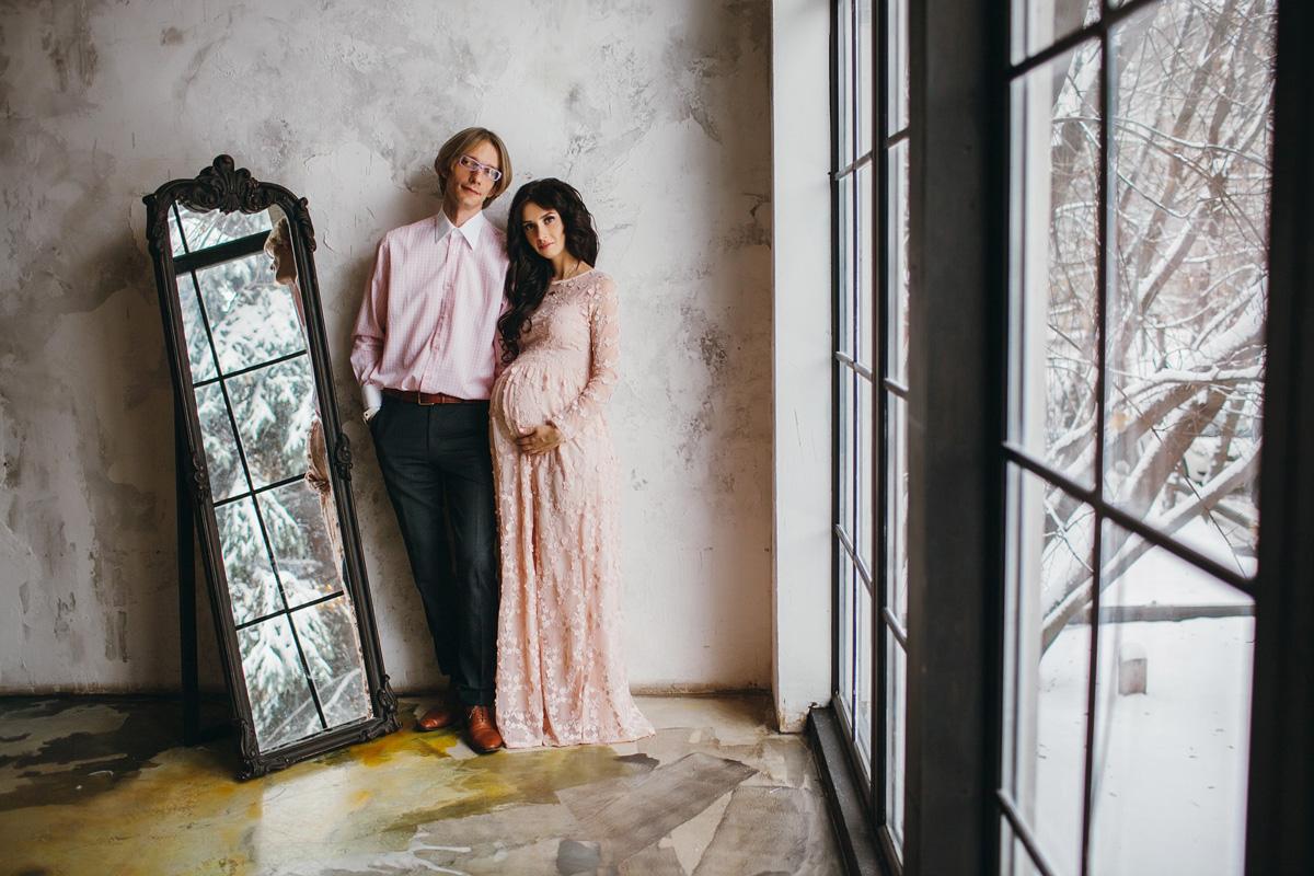 Красивое платье персикового цвета