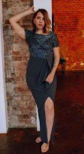 Вечернее платье с воланом на юбке Nelly Blue