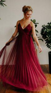 Вечернее платье с плиссировкойPaulina