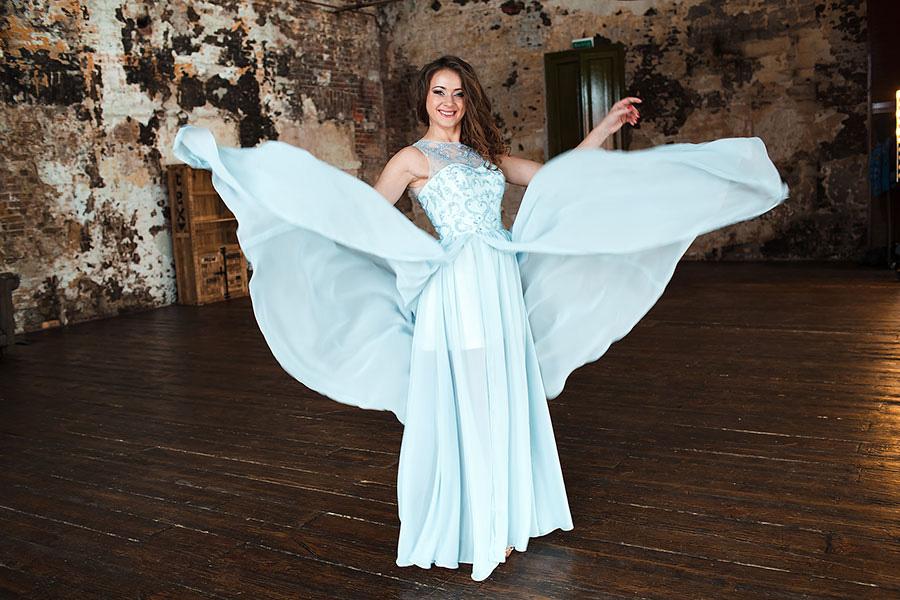 Прокат вечернего платья для студийной фотосессии