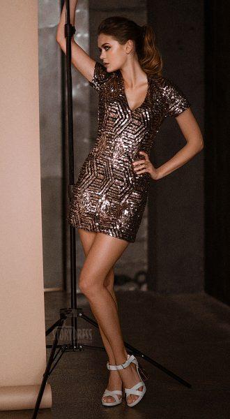 Клубноекороткое платье Vegas