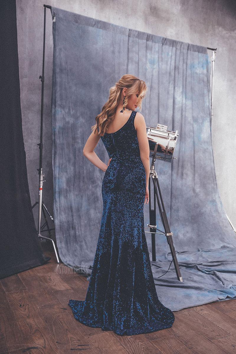 Темно-синее длинное платье в прокат Москва