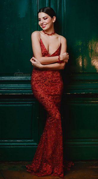 Красное платье со шлейфом Mon Amour
