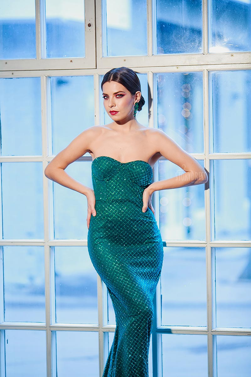 Зеленое платье-русалка аренда Москва