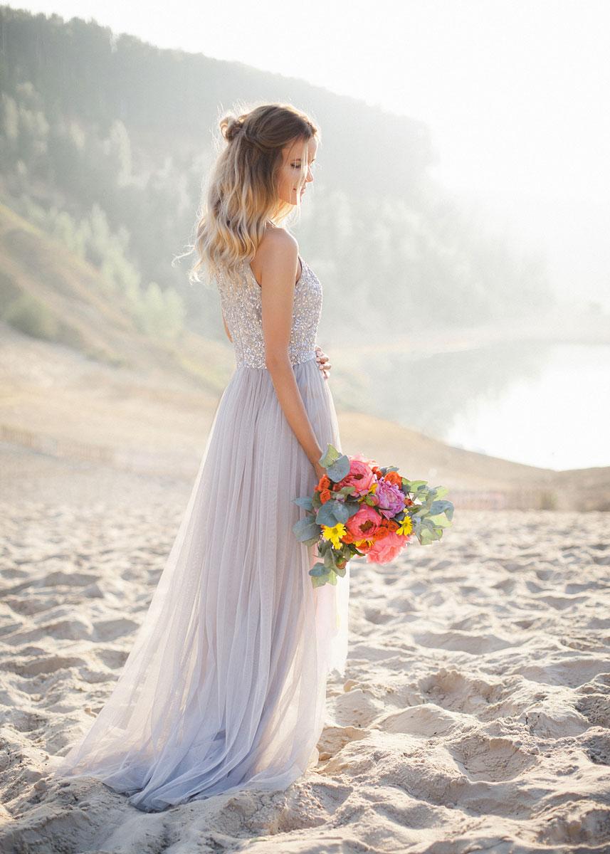 Нежная фотосессия в белом платье