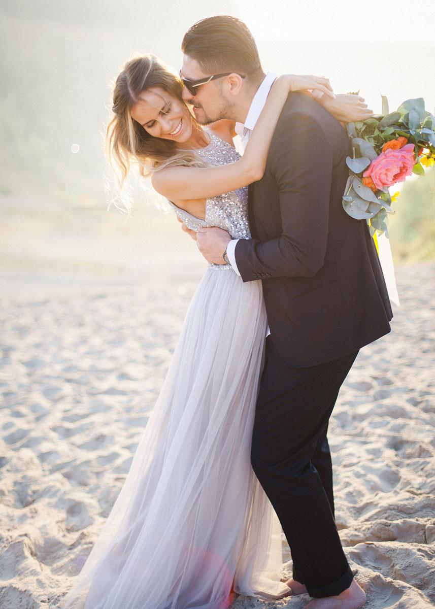 Фотосессия в платье на пляже